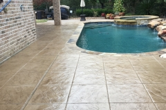 Acrylic-pool-deck
